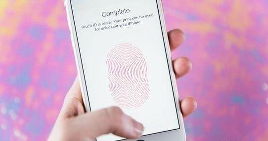 不关掉这个功能,iPhone随时都在上传你的隐私