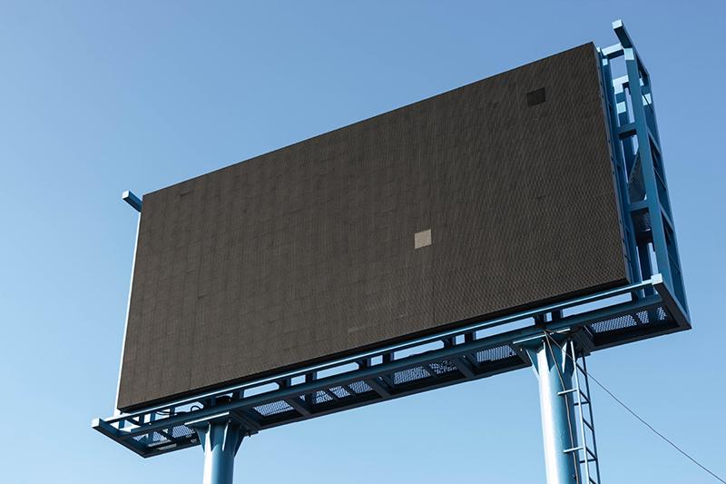 替洗脑广告捏把汗….