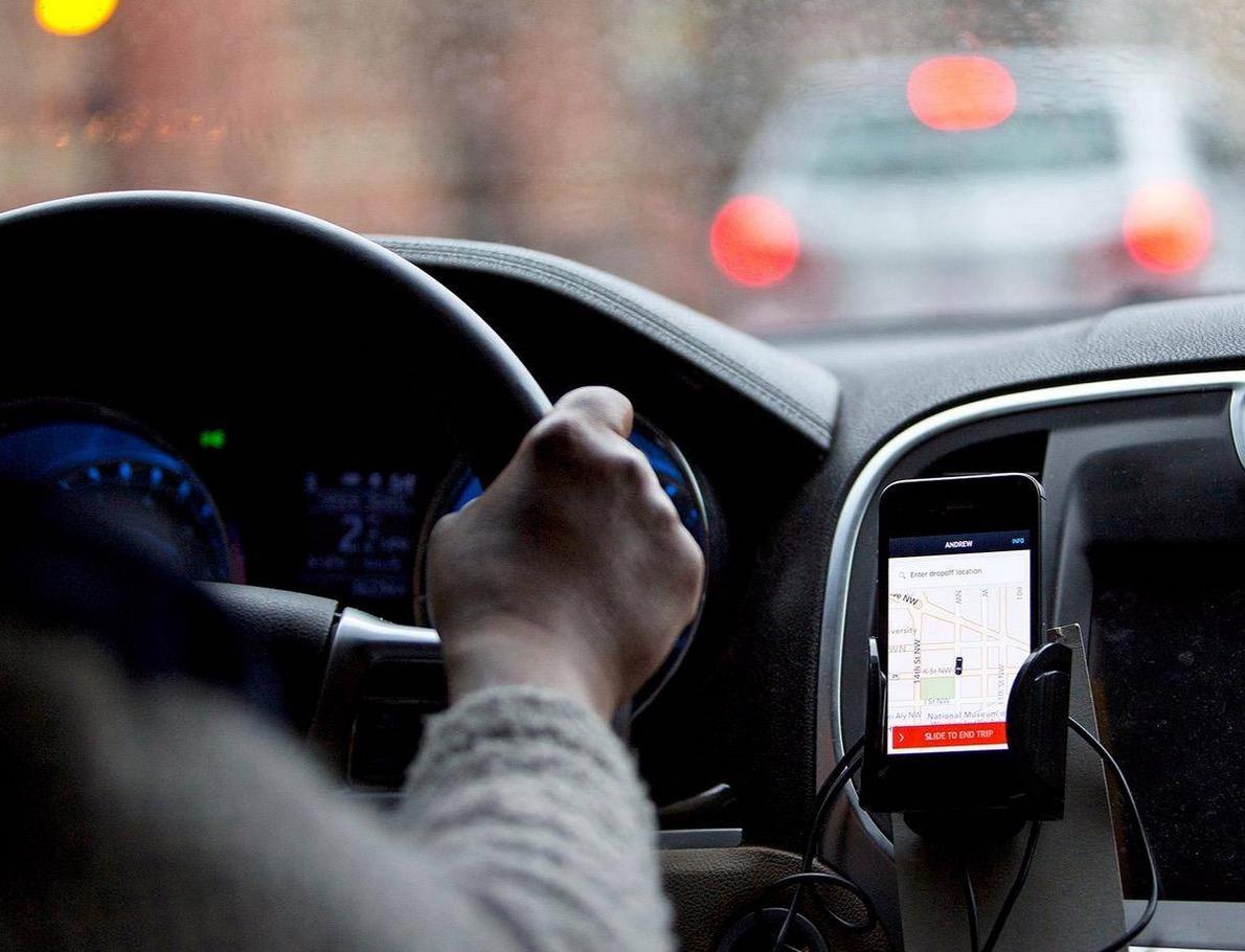 攻占Uber董事会:创始人与投资人如何从蜜月到反目交恶